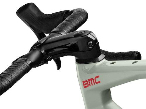 bmc clean cockpit van een racefiets